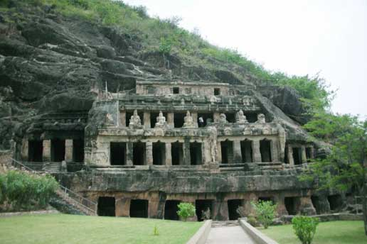 Undavalli Caves, Guntur District
