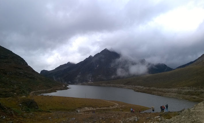 sela lake in arunachal pradesh