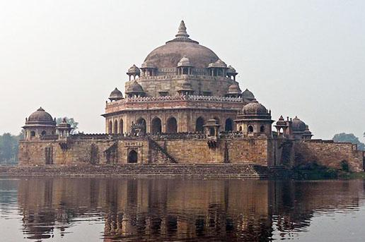 Shershah Suri Masjid in Bihar