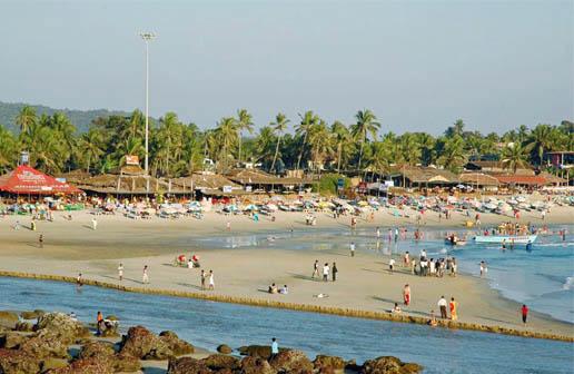 baga beach, calangute village, goa