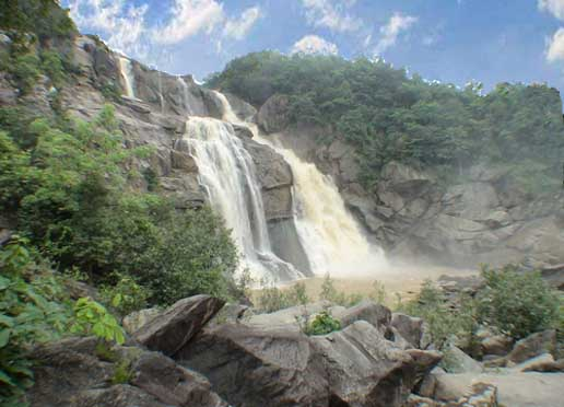 hundru falls, a suitable place for picnic
