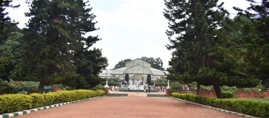 glass house lalbagh botanical garden