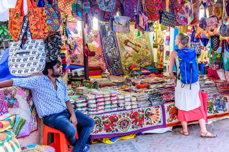 Street Shopping Markets In Delhi